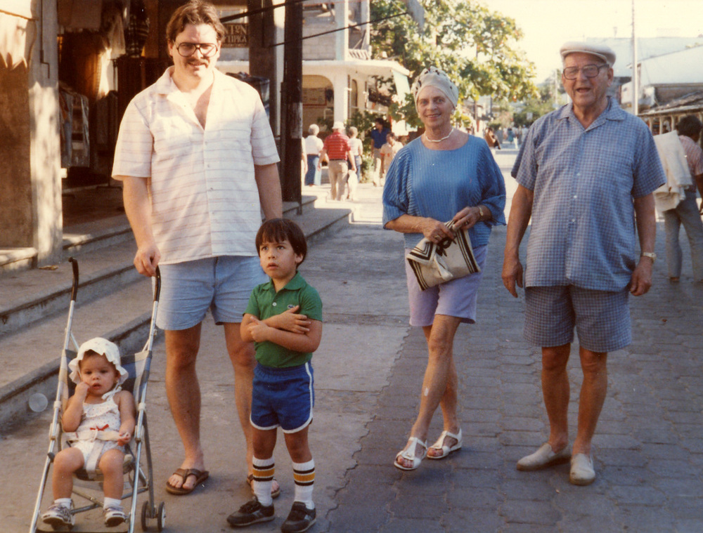 464 w Grandma and Grandpa Scott.jpg