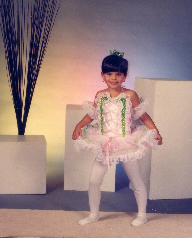 561a ballet dancer.jpg