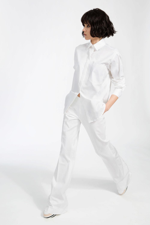 Blake - ....Cotton shirt with concealed front button placket..Chemise avec boutons dissimulés sous patte à l'avant....