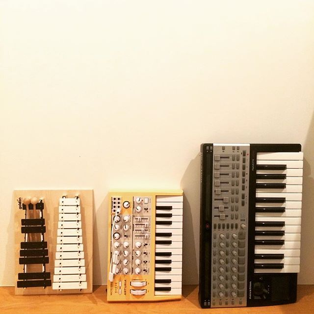 Making new friends already #metallophone #arturia #microbrute #novation