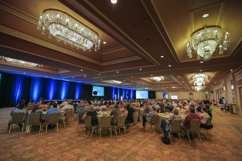 conference-photography-maui-commvault-6.jpg