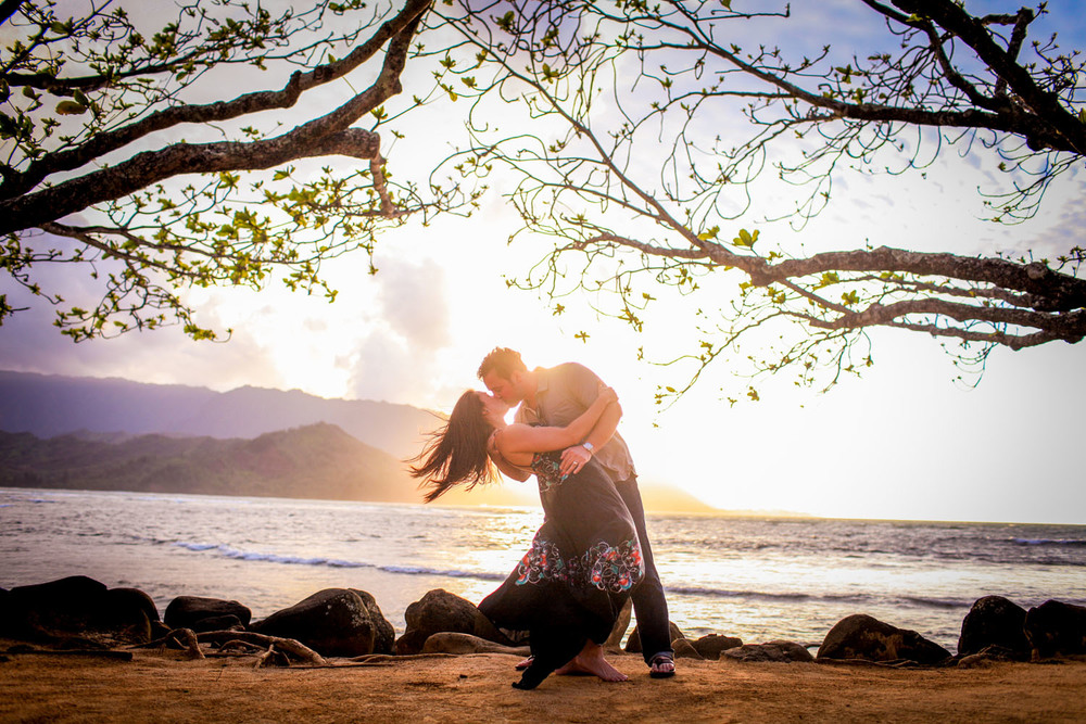 artistic Couple photo shoot Hawaii
