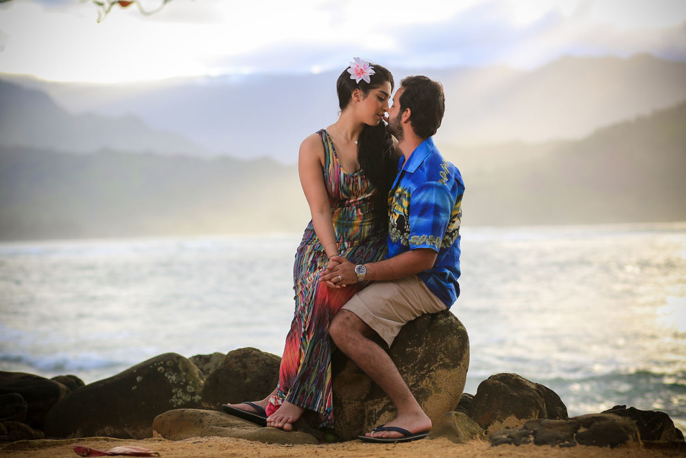 Romantic couple photography Big Island