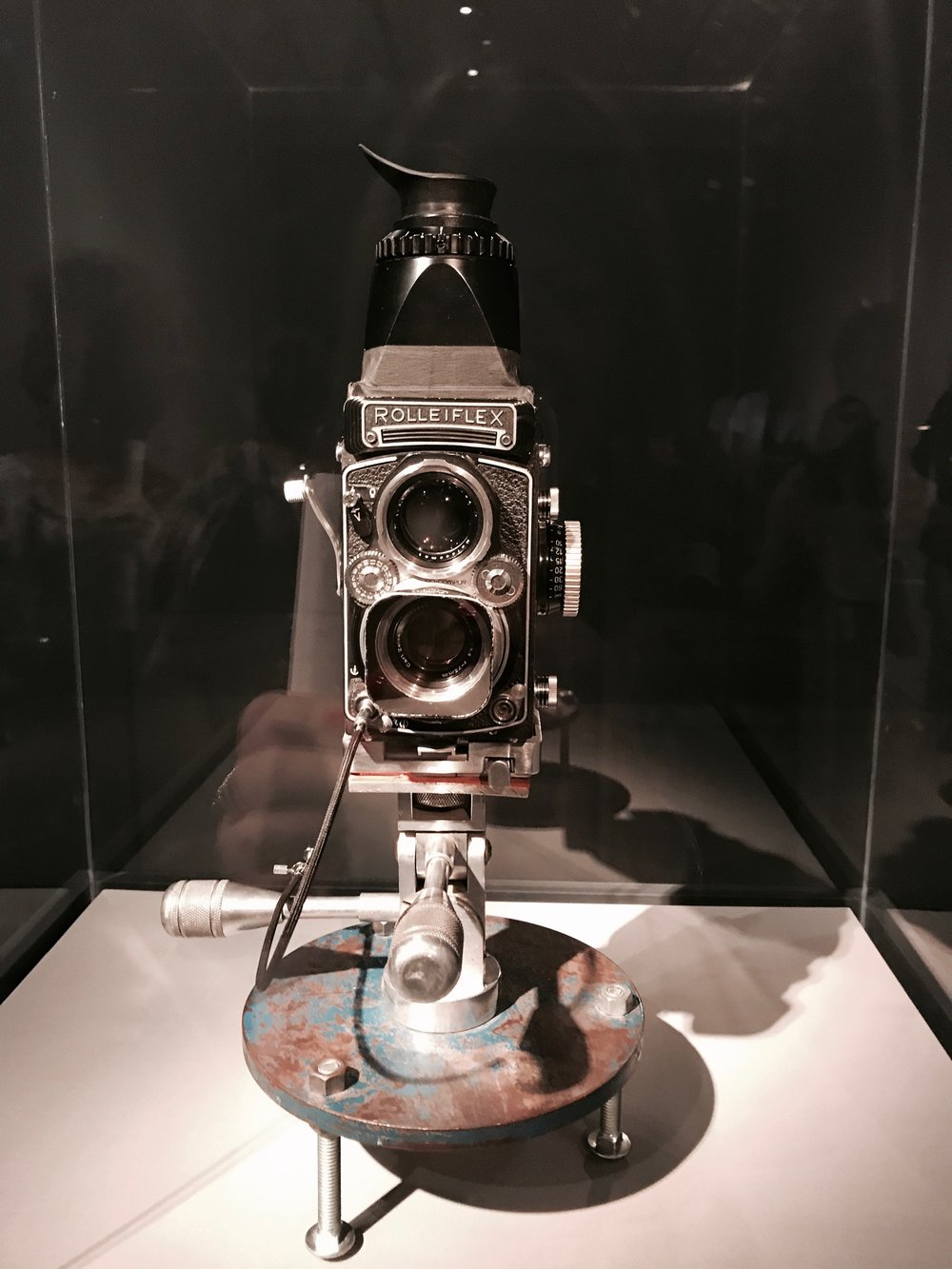 the infamous Rollieflex camera. What a work of art this fine machine is. LOVE