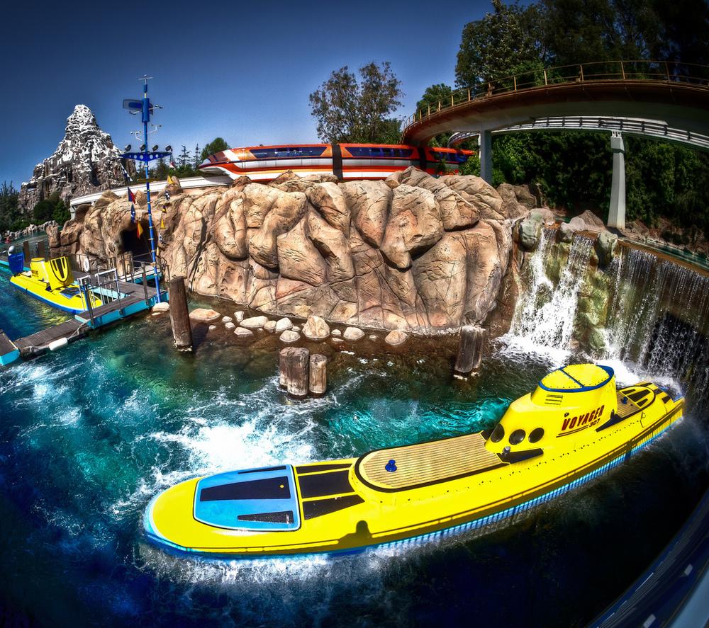 Disneyland Finding Nemo.jpg