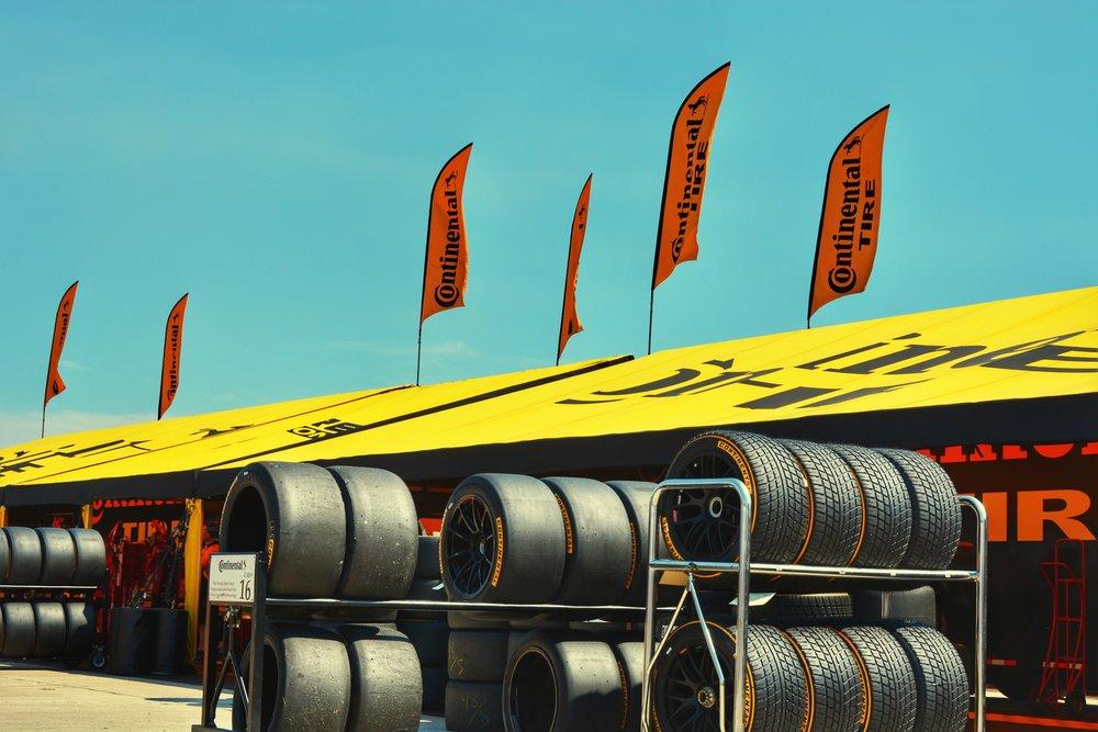 12. tyre flags.JPG