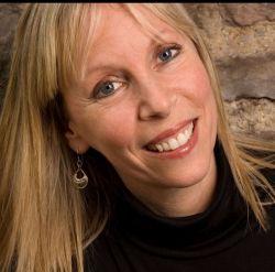 Elaine Pasqua