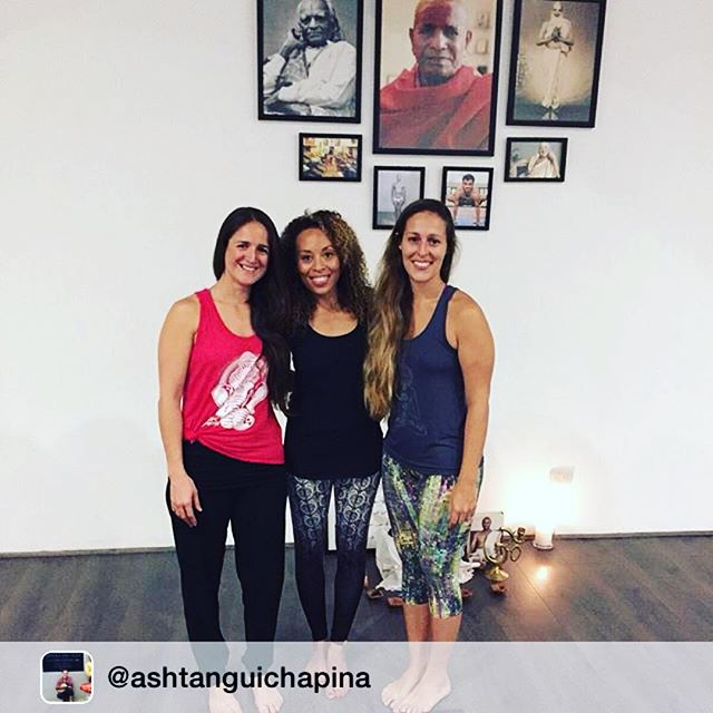 "Beautiful Ashtanga women. Repost: GRATEFUL 🙏 "" When we protect ourselves so we won't feel pain, that protection becomes like armor, like armor that imprisons the softness of the heart."" (Pema Chodron) @larugayoga @valchapina @ekamgt  #ashtanga #ashtangayogaguatemala #ashtangayoga #ashtanguichapina #larugayoga #ekam #ekaminhale #ekamgt #gurujiliveshere #onebyone #inhaleloveexhalelove #lifeoutsidethemat #almamentecuerpo #pemachodron #quote ™@ashtanguichapina"