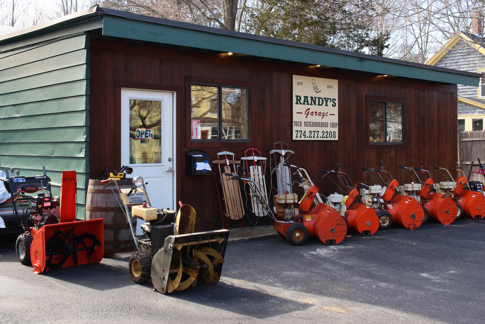 Randy's Garage Medfield