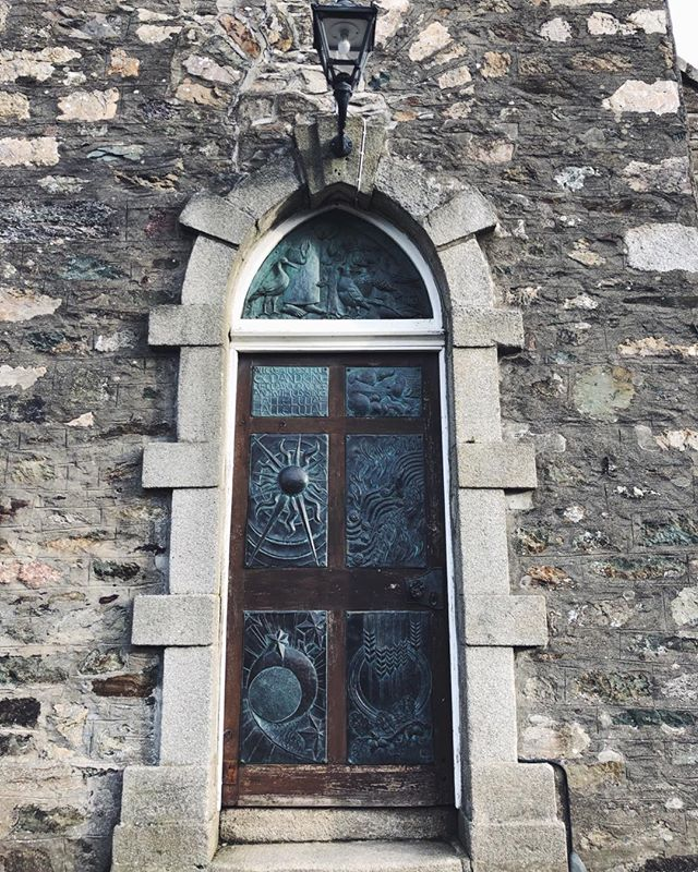 ‪Love the story of St. Francis on the door of our local Church of Ireland. ‬