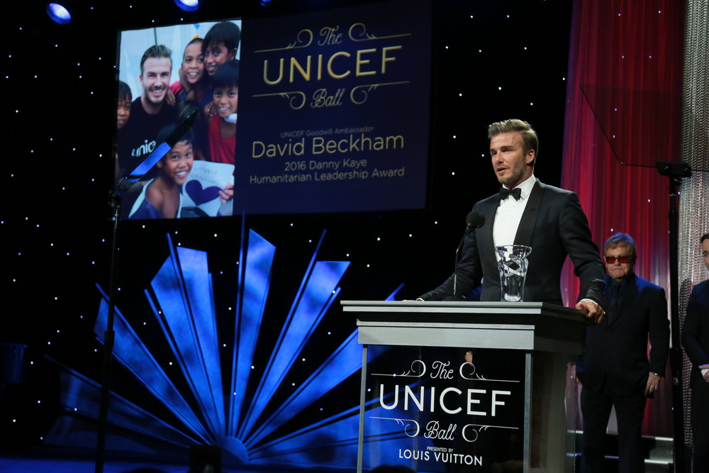 UNICEF Goodwill Ambassador David Beckham accepts the Danny Kaye Humanitarian Leadership Award at the 2016 UNICEF Ball