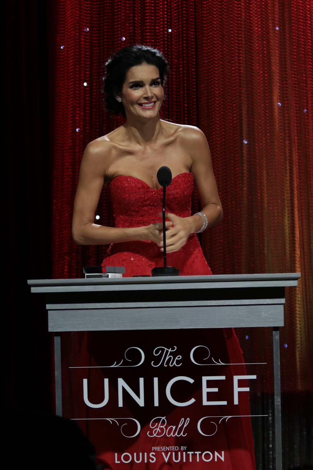 UNICEF Ambassador Angie Harmon emcees the 2016 UNICEF Ball