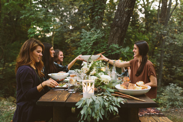 The ultimate dinner party! | Getting Social with @sarahsweeneyco via @social_studio