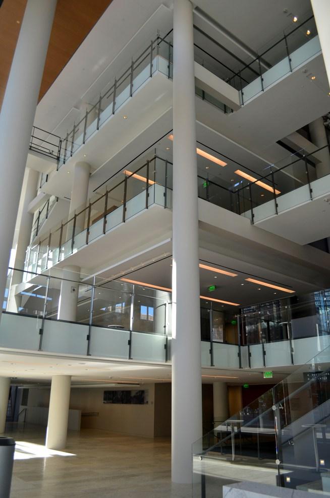 orchestrahall-inside.jpg