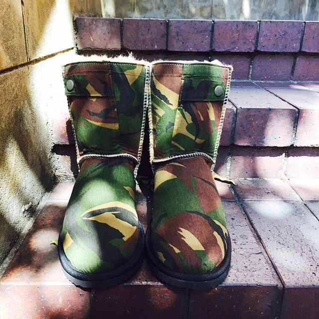 Style is a way to say who you are without having to speak - Rachel Zoe #burleeaustralia #camo #streetstyle #fashion #instadaily #instagood #like4like #australianmade #custommade #uggboots #goldcoastbusiness