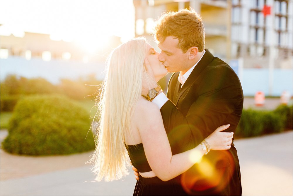 Virginia_Beach_Oceanfront_Sunset_Engagement_Session_Brandilynn_Aines_0194.jpg
