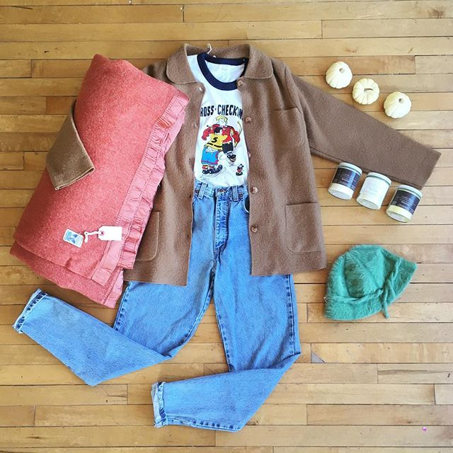 "☁️Say you wool☁️ . . Vintage coral wool blanket  Camel wool coat size S Vintage hockey tee size S High waisted jeans W26"" Angora bucket hat Soy candles by @wednesdayandrose"
