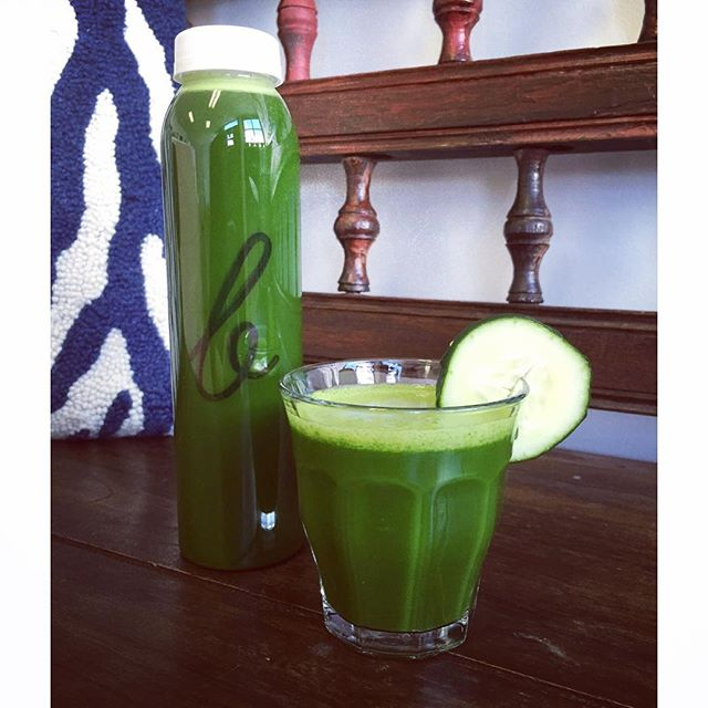 Rise and shine with our classic green juice, the Skinny!