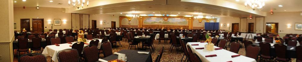 20) Ballroom 2.jpg