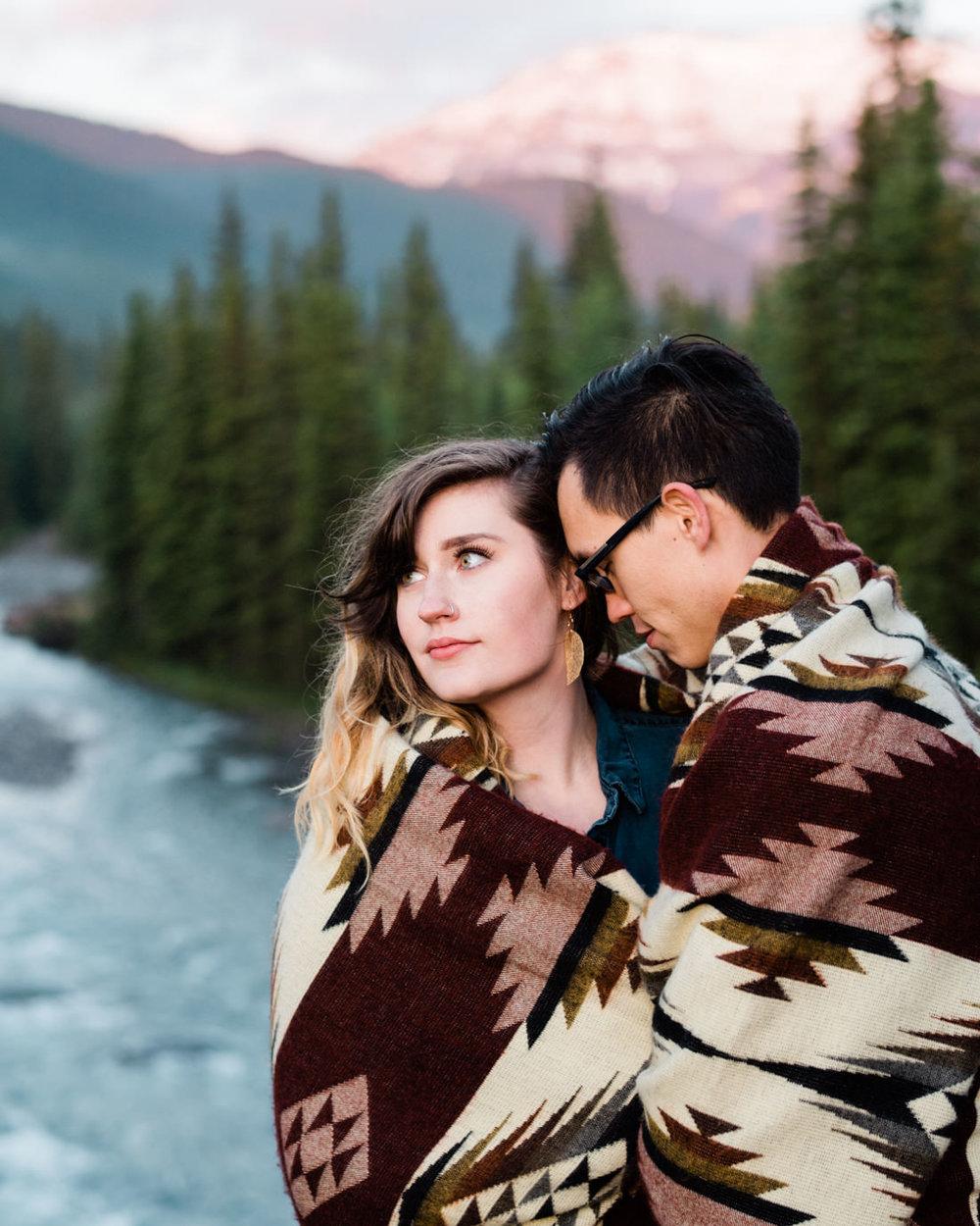 Banff_Engagement_Photographers_3.jpg