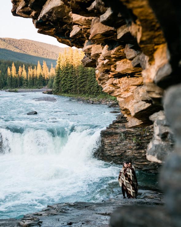 Banff_Engagement_Photographers_14.jpg