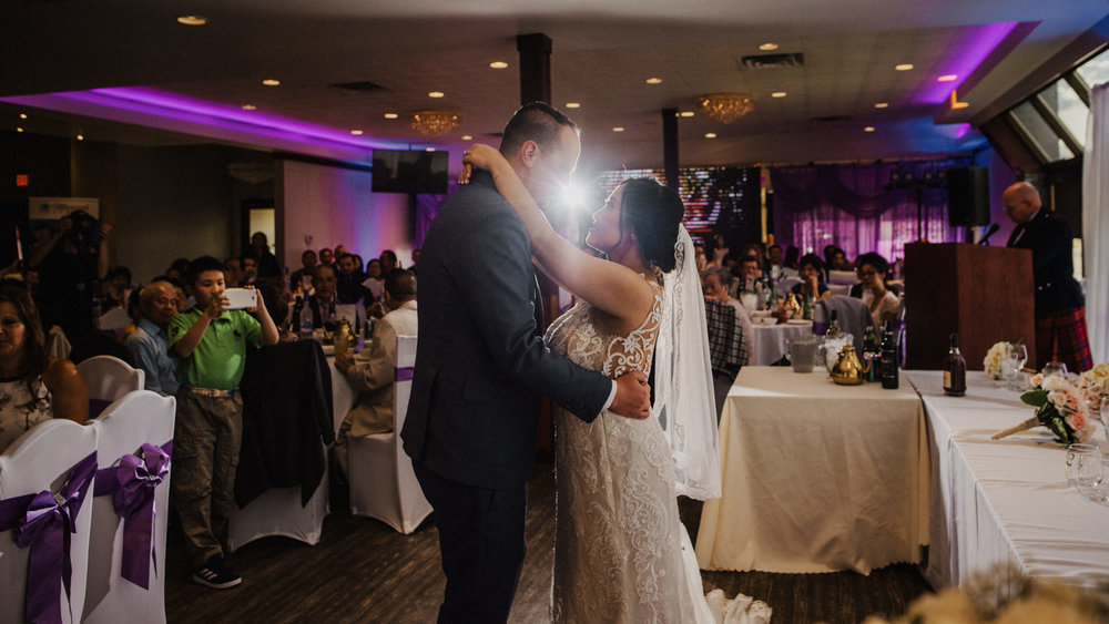 Canmore_Wedding_Photographers_Silvertip_JimandNikki26.jpg