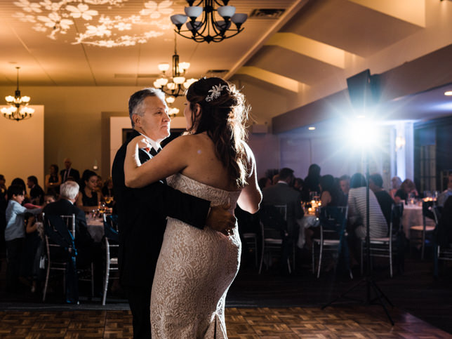 Calgary_Wedding_Photographers_Carnmoney_Golf_28.jpg