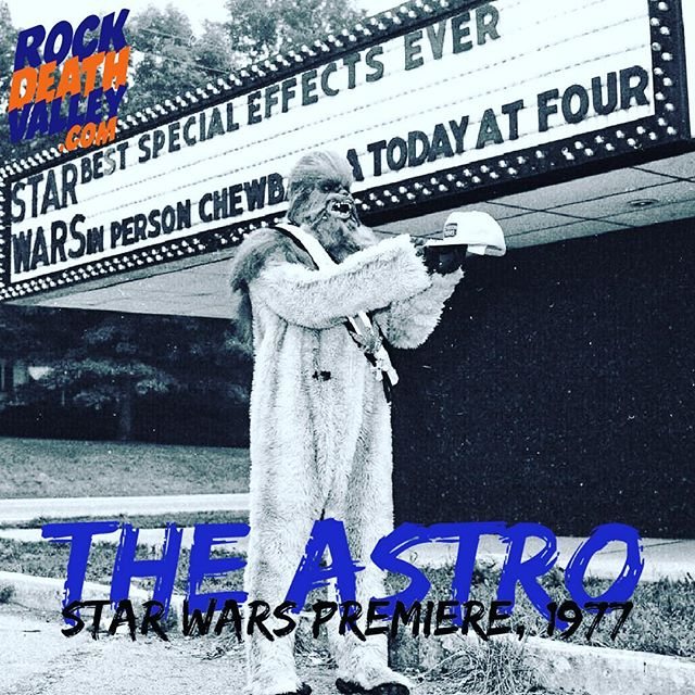 Clemson's Astro Theater before the premiere of the original Star Wars in 1977. #tbt
