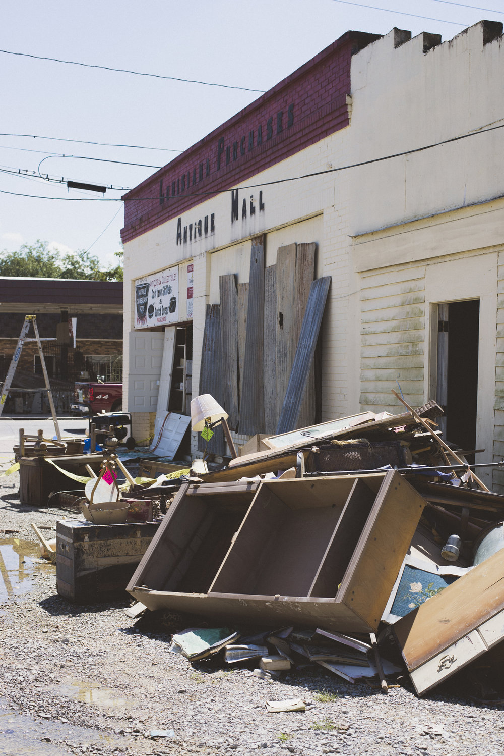 Denham Springs Antique District Flood Aftermath_Allie Appel_4.jpg