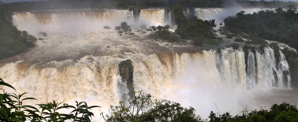 iguazu_monsoon_gm01.jpg