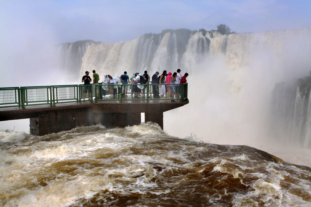 iguazu_monsoon_gm05.jpg