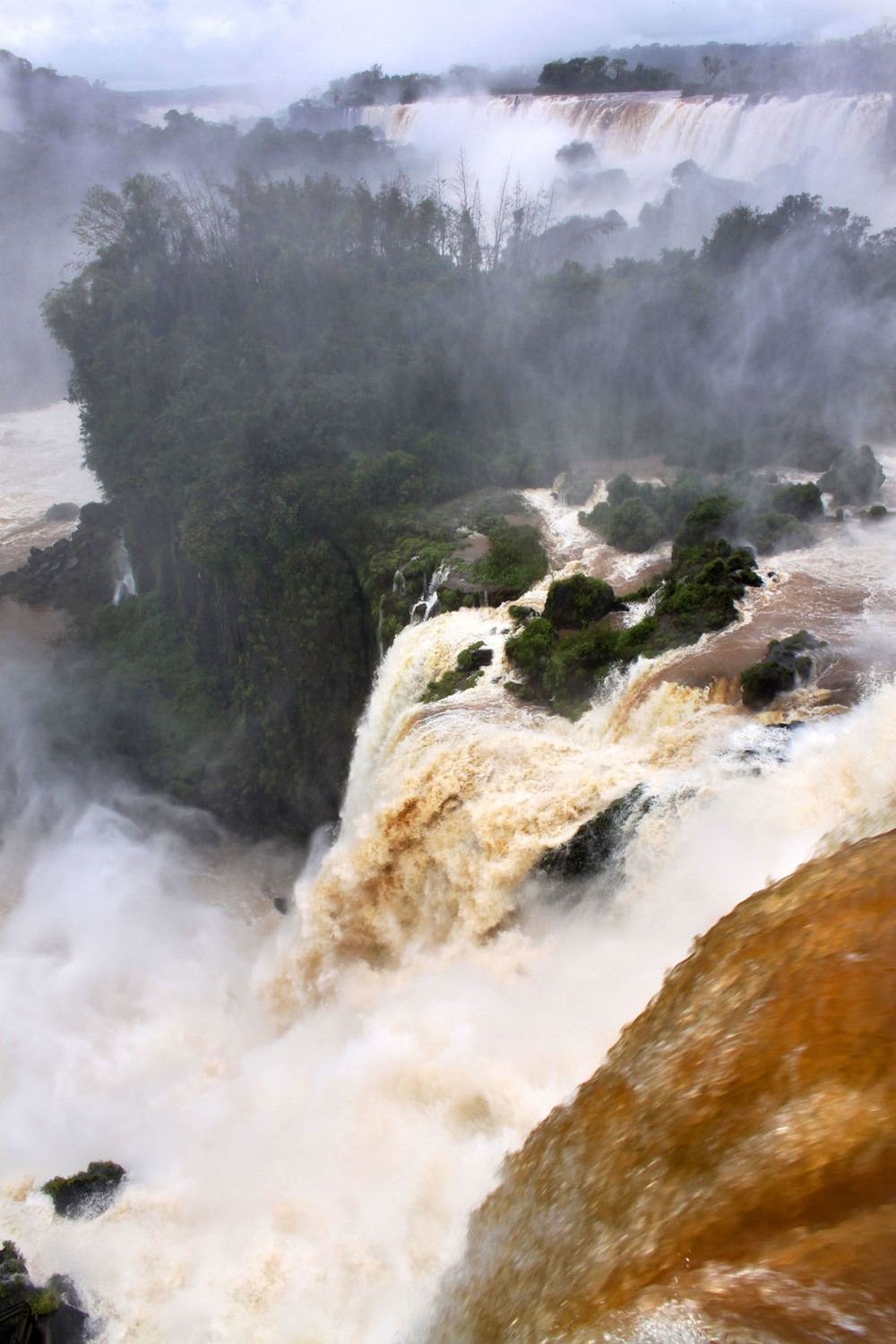 iguazu_monsoon_gm13.jpg