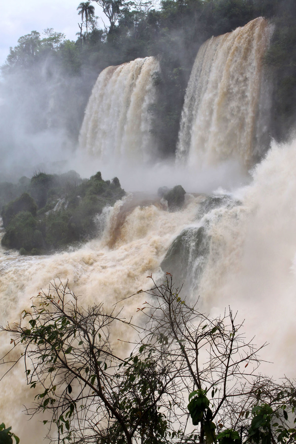 iguazu_monsoon_gm16.jpg