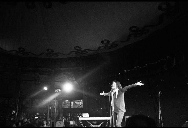 performing at Slamalamadingdong, Melbourne. Aug 2017. photo by Brendan Bonsack