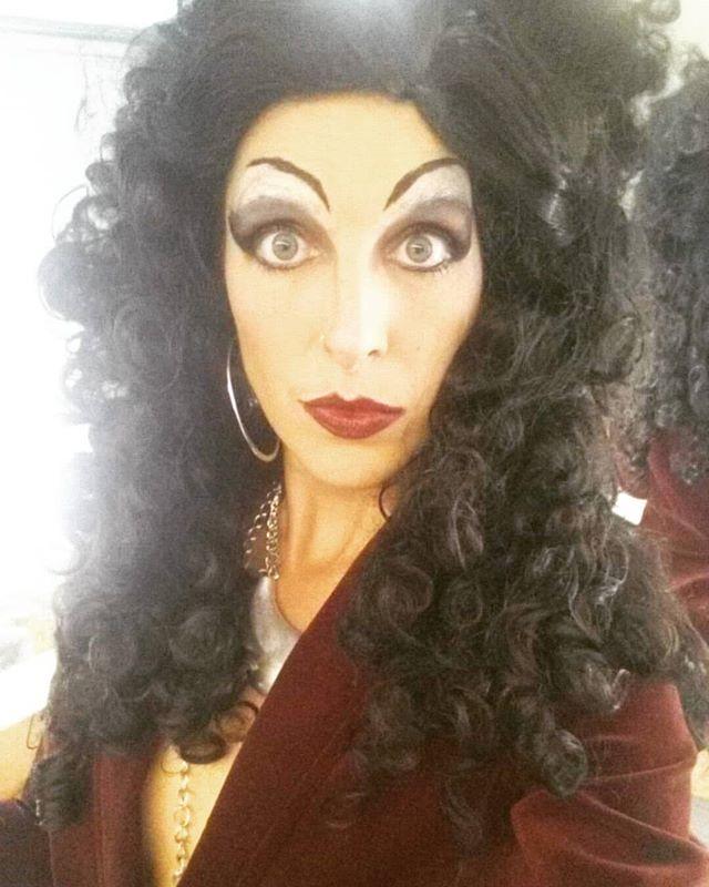 What're ya looking at? . . . #ladyzeeonstage #ladyzee #dragtivist #dragqueen #activist #queerperformingartist #bioqueens #lgbti #melbournedragqueens #sydneydragqueens #sydneyactors #queereroticart #shameless #queeraf #nonbinary #mardigras #sydneymardigras #queerdo #stroft #sexysacredsocialchange #artistactivist #socialchange #sydneyperformingartists #theatrebabes #androgynous