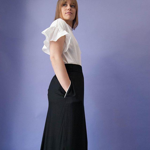 Guadalupe T-shirt y Falda Esteban ———————————————— Nuestra tienda online ya esta operativa! 👇🏼 www.lagarta.es  #onlineshop #barcelonadesign #madeinbarcelona #localproduction