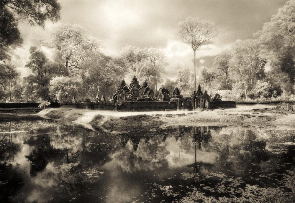 John-McDermott-Banteay-Srei-&-Moat.JPG