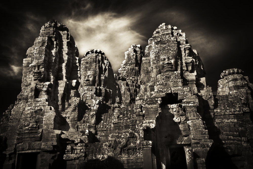 John-McDermott-Heads-of-the-Bayon.JPG