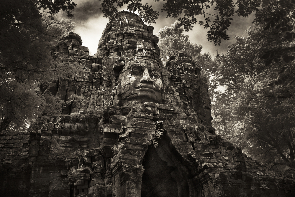 John-McDermott-The-North-Gate-of-Angkor-Thom.JPG