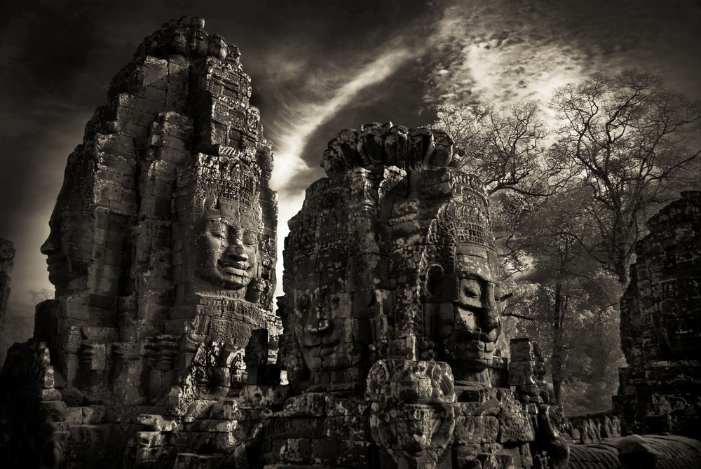 John-McDermott-Two-Towers-Bayon.JPG