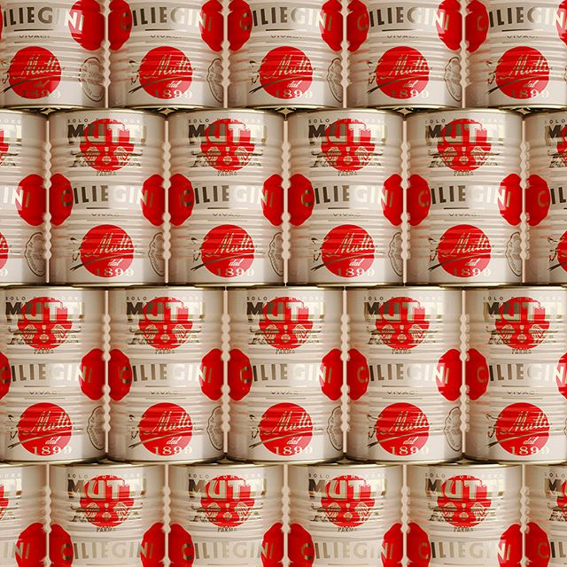 Fantastic 'gift worthy' Mutti Limited Edition packaging by Auge Design #packaging #christmas #design #valueadded #branding #foodporn @auge_d