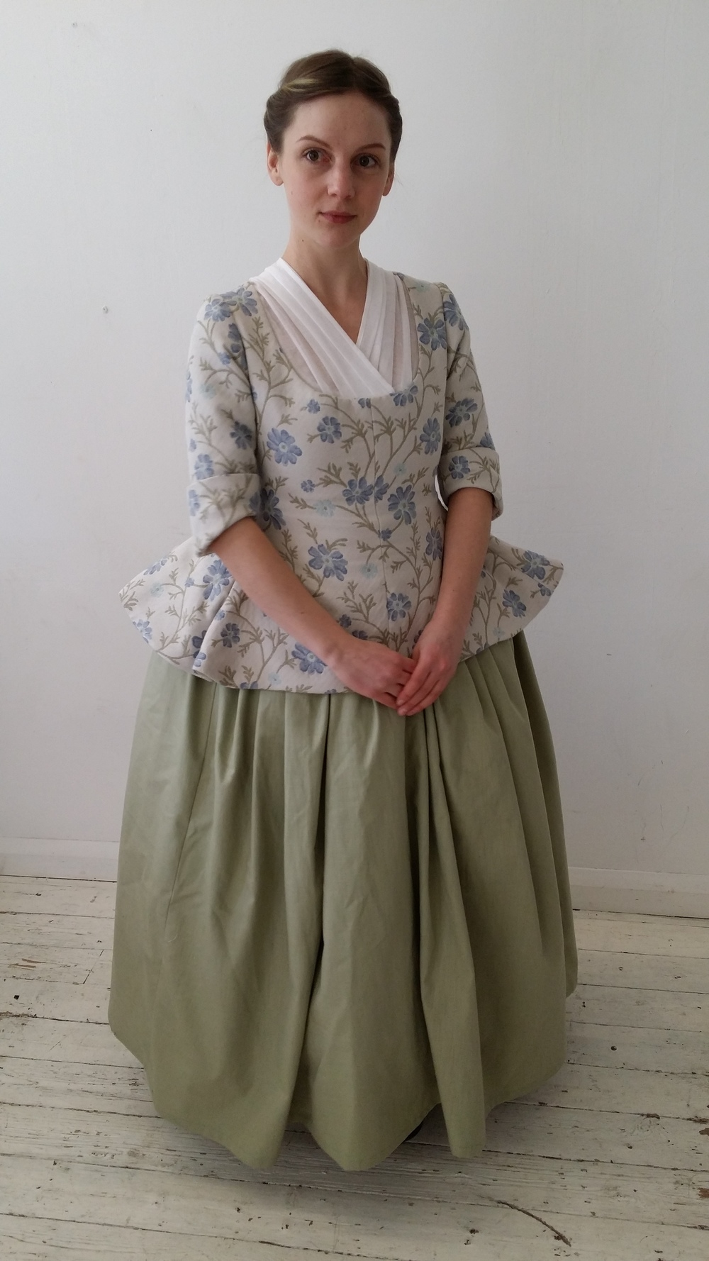 18th Century Outfit