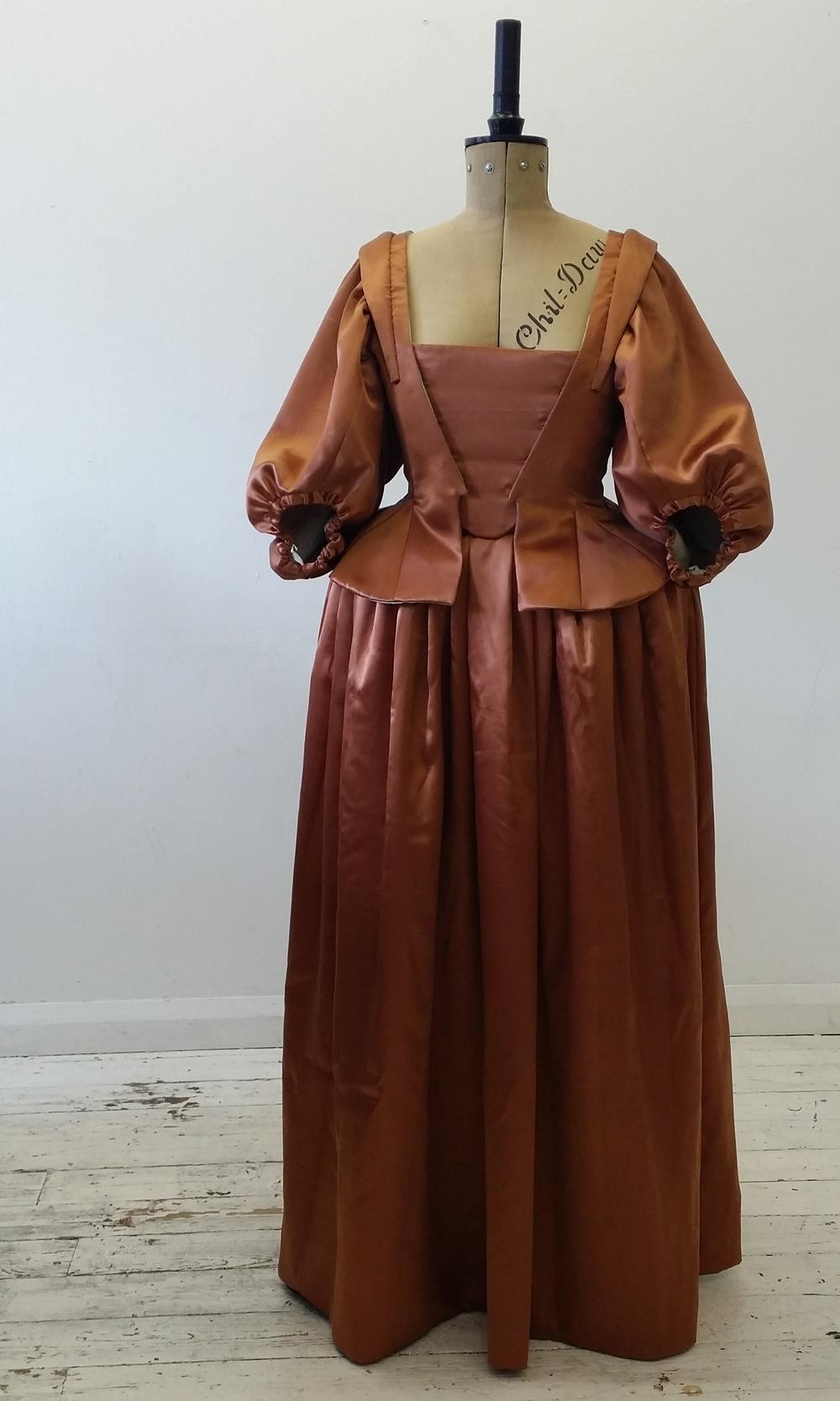 1640's Silk Gown