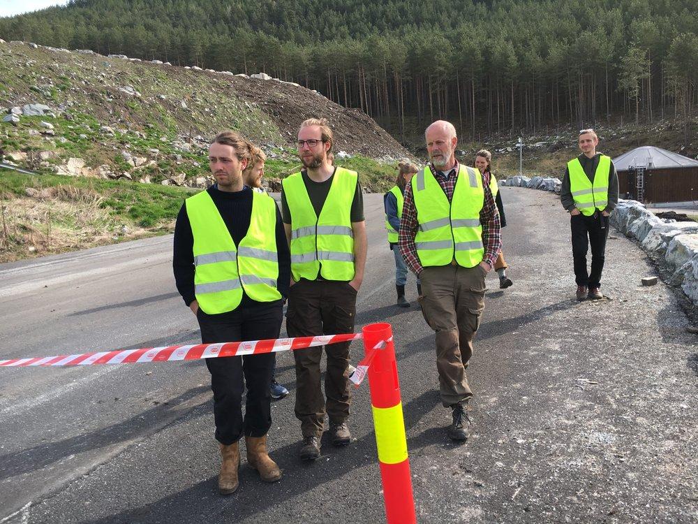 Sogn jord og hagebruksskule på besøk i festingdalen.JPG