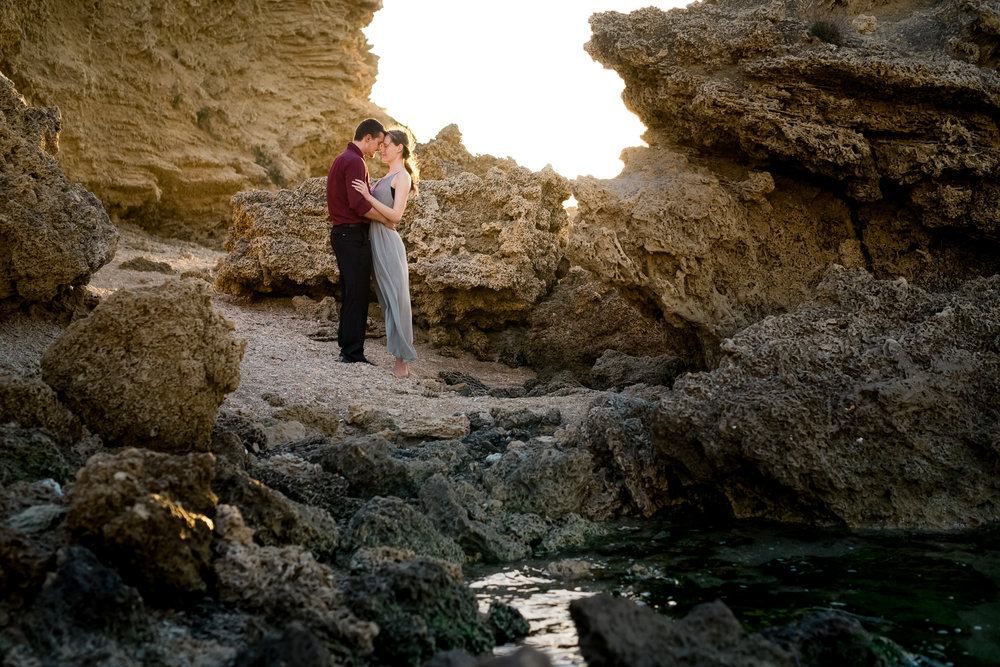 Cliffside-beach-engagement-session-hadera-israel-kate-giryes-photography-9289.jpg