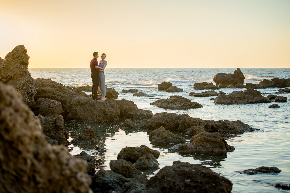 Cliffside-beach-engagement-session-hadera-israel-kate-giryes-photography-9321.jpg