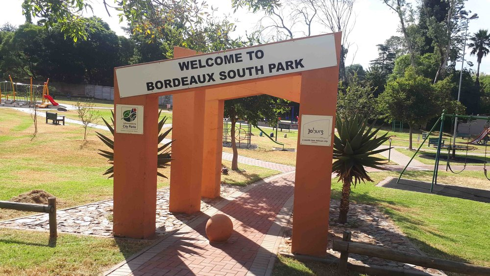 Entrances are highlighted by Arches and Aloes, welcoming you into the Park