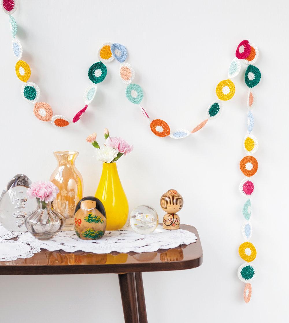 Polka Dot Streamer  from Crochet Home by Emma Lamb.jpg