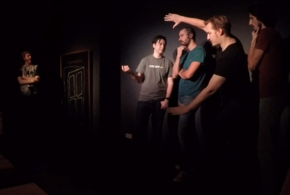 Noah Telson, Maxim Zaks, Edo Binda, Jakob Grotewohl, and Chris J. Rock performing a Movie at the Hive student showcase.