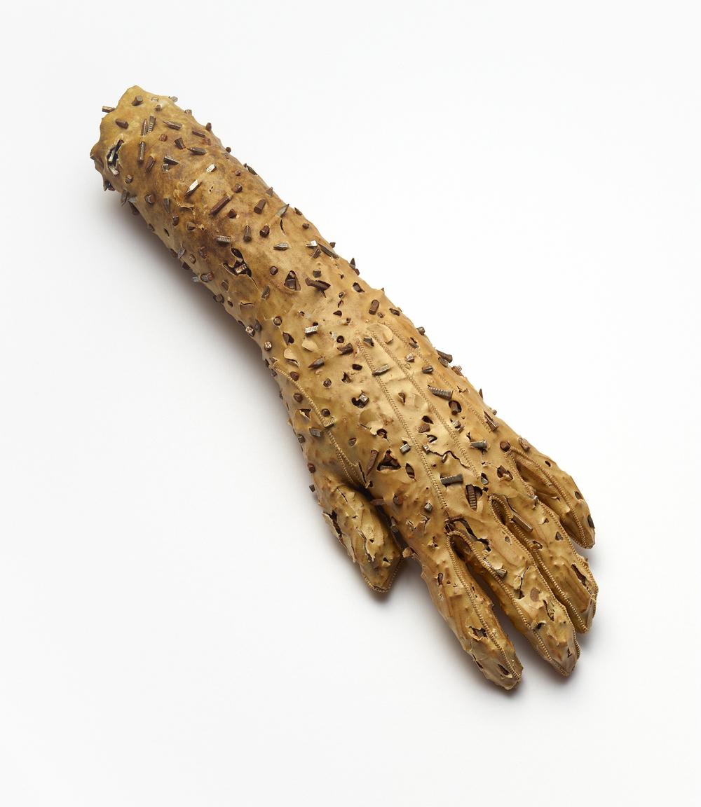 Nail Glove